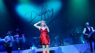 Duffy - I'm scared / Distant Dreamer Live at Brixton Academy 09/12/08