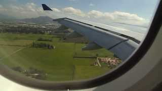 preview picture of video 'Aterrizaje en Bogotá / Aerolineas Argentinas / AR1360 / Landing at El Dorado Airport'