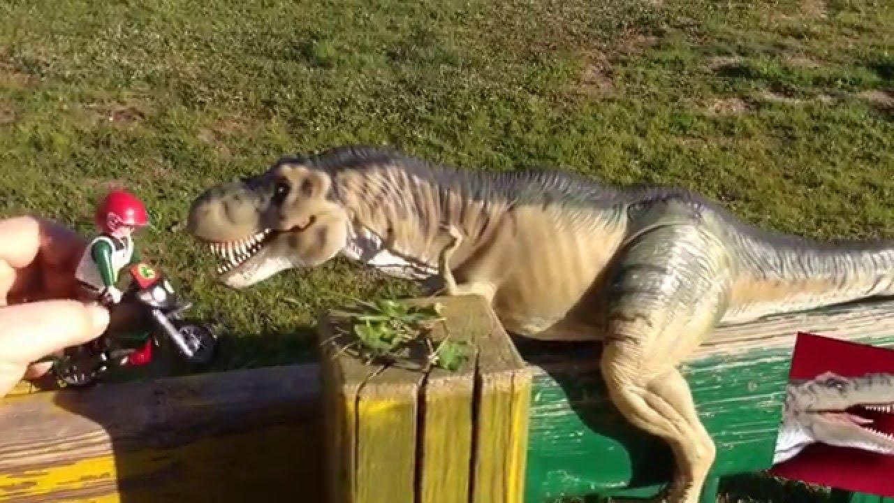 El click cuidador de dinosaurios