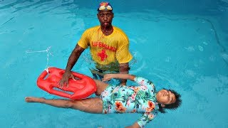TIANA'S SWIMMING LESSONS DEEP UNDERWATER PART 2