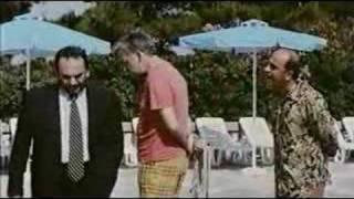 Άνεση του Γουγανέλη στις πρώτες δεύτερες. Σταύρος Τσιώλης, Ας περιμένουν οι γυναίκες. Γιάννης Ζουγανέλης, Σάκης Μπουλάς, Αργύρης Μπακιρτζής (από patsis, 06/05/09)