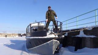 Катер с двигателем ВаЗ (17 серия). Как зимуют корабли.