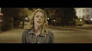 Eva Matějovská - Tak si běž  (Official Video)
