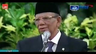 KH  Ahmad Hasyim Muzadi Dalam Acara Maulid Nabi Di Istana Negara