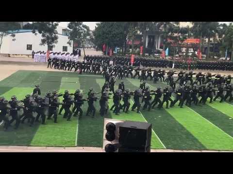 Cảnh sát cơ động diễn tập chiến đấu# Đội hình chữ A