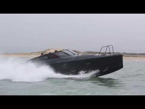 XO Cruiser review | Motor Boat & Yachting