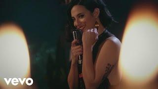 Diana Amarilla - Diferentes