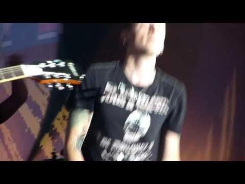 Dead By Sunrise | Fire | live @ Tony Hawk Show, Grand Palais Paris, 21/11/2009 HD