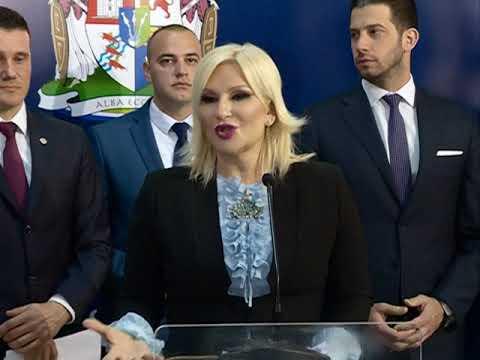 Zorana Mihajlović i Vanja Udovičić u Smederevskoj Palanci