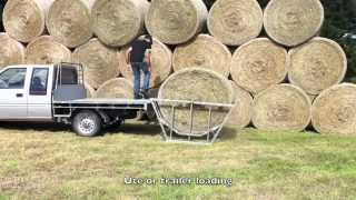 Kiwi Bale Feeders - Loading your Bale Feeder