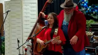 EmiSunshine,Dec. 2, 2017 Christmas for children fund raiser concert in Madisonville, Tennessee