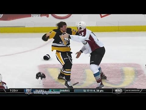 Bobby Farnham vs. Cody McLeod