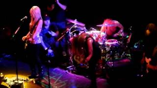 Cherri Bomb - Troubadour - Shake The Ground