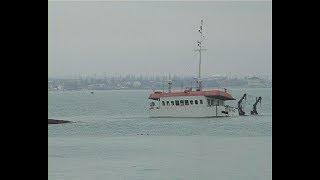 Аварийный сухогруз «Берг», посаженный на мель у берегов Феодосии снова ушёл под воду