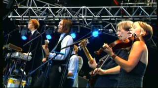 Arcade Fire - Neighborhood #1 (Tunnels) | Rock en Seine 2005 | Part 7 of 10