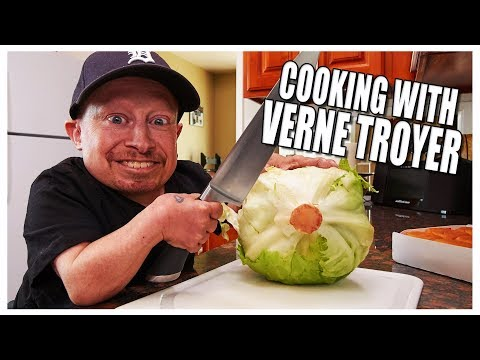COOKING WITH VERNE TROYER | Verne's Vlogs