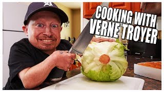 COOKING WITH VERNE TROYER | Vernes Vlogs