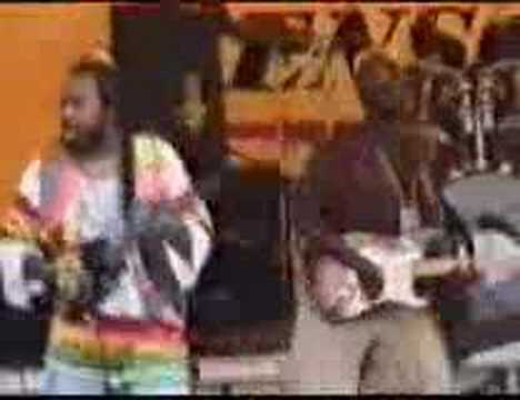 Ras Kimono – Rastafarian (Reggae Music Concert)