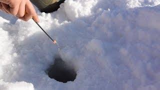 Зимняя рыбалка на безнасадочную мормышку
