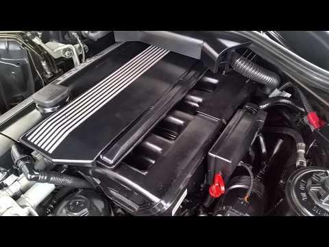 Der Motor der Toyota korolla 1.6 Benzin welches Öl