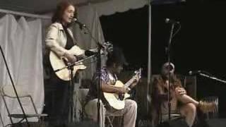 <b>Patty Larkin</b>  Falcon Ridge 2003