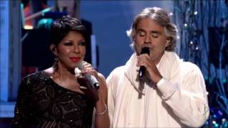 Natalie Cole & Andrea Bocelli sing the Christmas Song