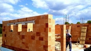 Building Industry. Construction Of A Family House. Part 10 Full HD! Bricklaying Porotherm Dryfix 2