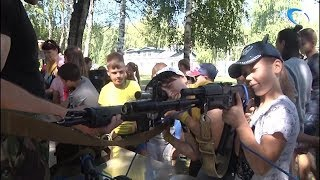Сотрудники новгородской полиции познакомили со своей работой воспитанников «Лесной сказки»