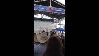 Chase Rice - How She Rolls- CMA Fest 2013 Nashville, TN 6/5/13