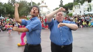 Micky's Soundsational Parade, Disneyland (Full) ASL