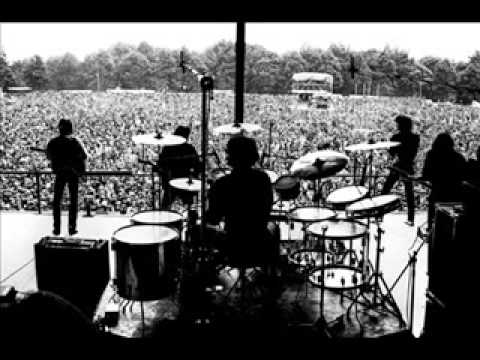 Golden earring Mad love's coming live pinkpop 1977