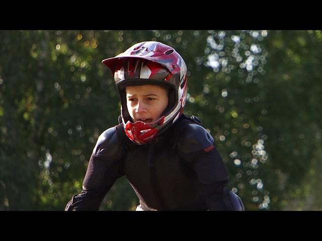 На велосипед — с юных лет