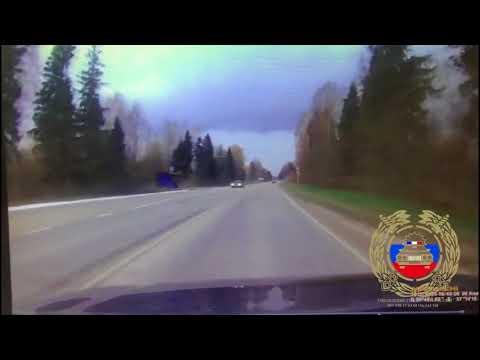 Жуткое лобовое в Тверской области: один погиб, двое пострадали
