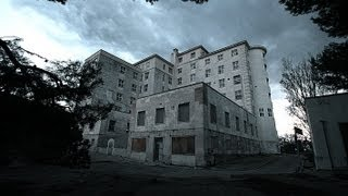preview picture of video 'Haunted Hospital in Mahon (a true story) Hospital embrujado Virgen del Toro'