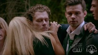 The Originals 4x02 Klaus reunites with his family
