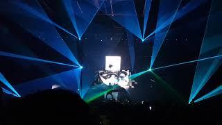Martin Garrix ft. Julian Jordan - Glitch  @ Riocentro 15/11