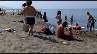preview picture of video 'Invasione di bagnanti a Marina di Grosseto.'