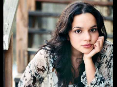 Norah Jones - Peace - Christmas Radio