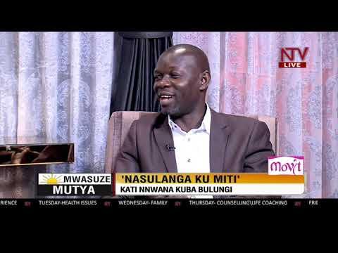 Mwasuze Mutya: Jonathan Ssemwanga anyumya engeri gy'eyasulanga mu miti