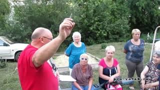 Председатель Общественной палаты Вольска агитирует за единороссов