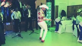 El Rey Del Corrido Gay (la Yaquesita En Vivo Con Banda)