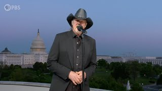 Trace Adkins Performs Still A Soldier On The 2020 National Memorial Day Concert