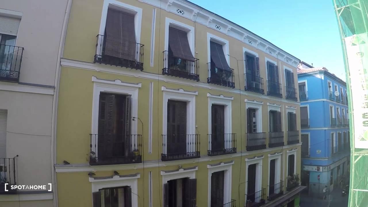 4-bedroom, 2-bathroom apartment to rent in the heart of trendy Malasaña