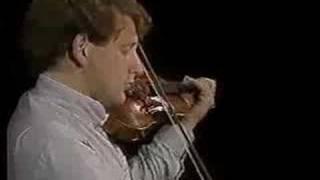 Paganini: Caprice No. 7 (Shlomo Mintz)