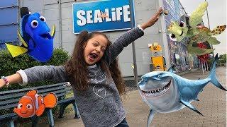 Zara besucht Sea Life in Oberhausen Zara Like Toys