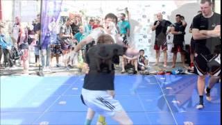 Démonstration de MMA au centre ville de Boulogne sur Mer