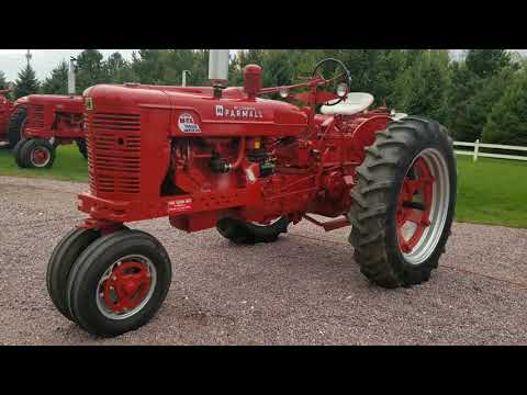 1954 International Tractor (CC-1373930) for sale in Mankato, Minnesota