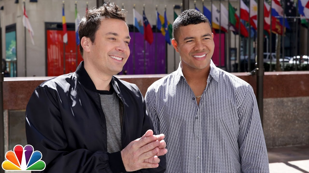 MLB Pitcher Who Learned English from Jimmy Fallon Teaches Him Some Spanish thumbnail