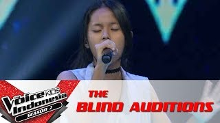"""Oza """"Toxic""""   The Blind Auditions   The Voice Kids Indonesia Season 2 GlobalTV 2017"""
