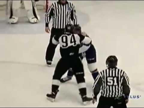 Aaron Hoyles vs. Patrick McGrath